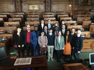Avec des membres du conseil Parisiens de la Jeunesse